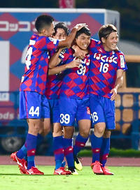 甲府17歳MF中山がデビュー戦で初ゴール - ルヴァン杯 : 日刊スポーツ