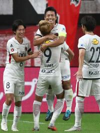 鹿島4位浮上、「練習できない」過密日程でも2連勝 - J1 : 日刊スポーツ