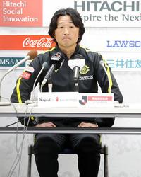 柏が加藤望監督を解任し岩瀬コーチが残り2戦指揮 - J1 : 日刊スポーツ