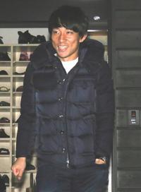 18年12月3日、契約更改面談を終えた札幌MF三好