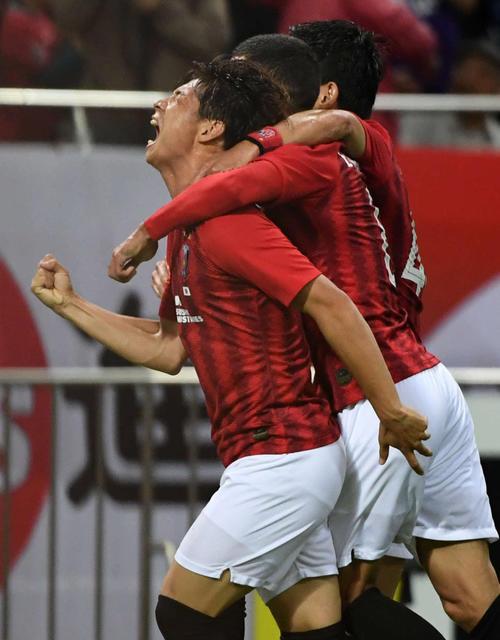 浦和対北京国安 前半、ゴールを決め雄たけびを上げる浦和MF長沢(撮影・横山健太)