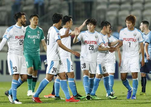 シドニーFCに勝利した川崎Fイレブンだが、決勝トーナメント進出はならなかった(共同)