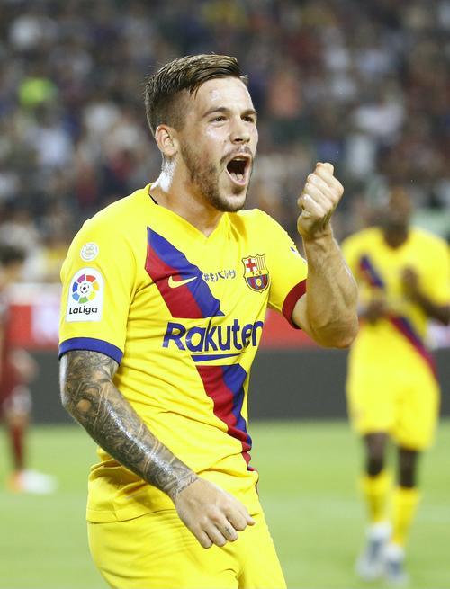 後半、先制ゴールを決め、喜ぶバルセロナ・ペレス(共同)