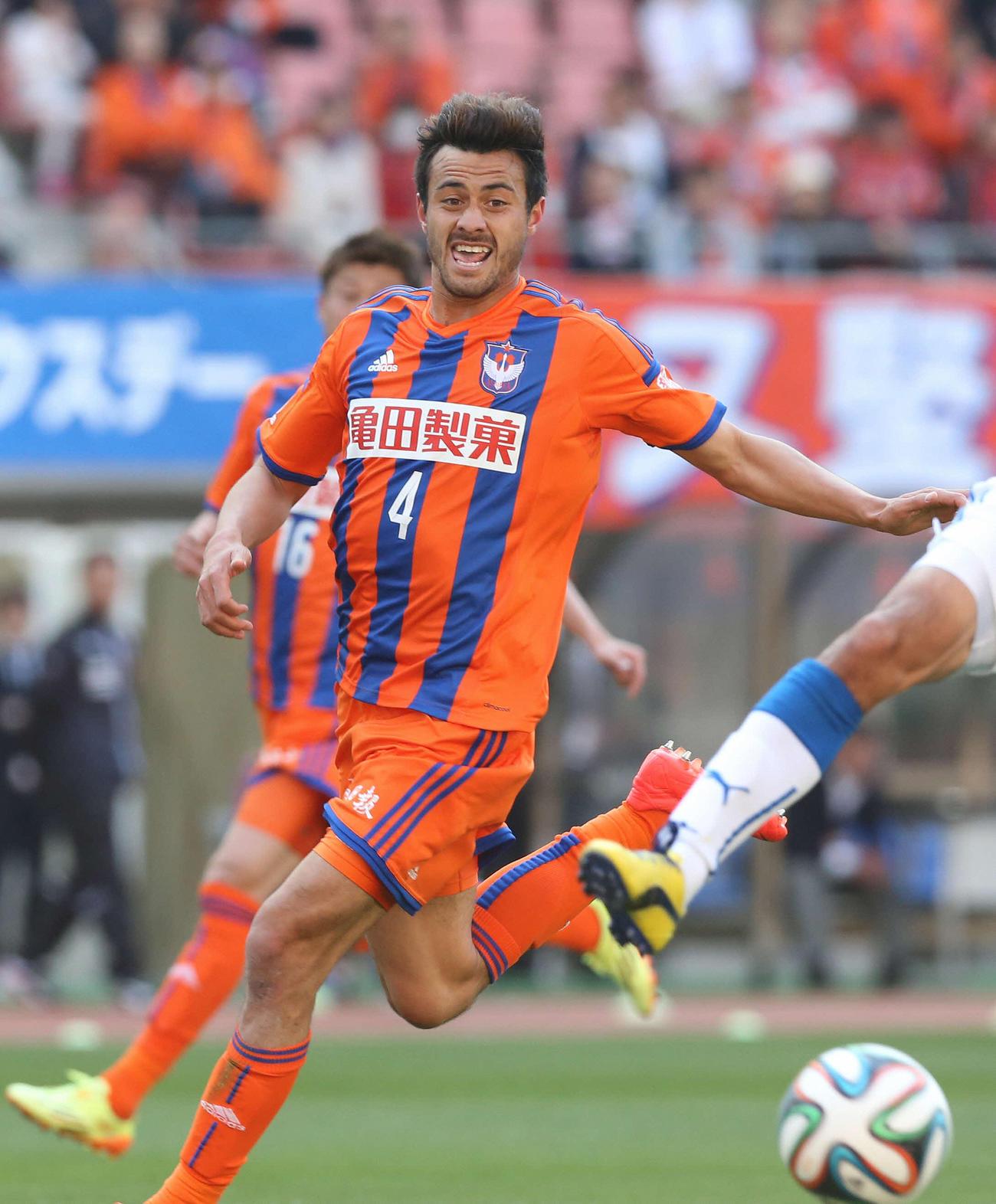 新潟、川崎F舞行龍ジェームズを完全移籍で獲得 - J2 : 日刊スポーツ
