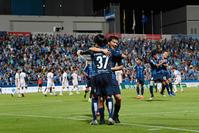 """横浜FCが2位キープ""""両翼コンビ""""中山&松尾躍動 - J2 : 日刊スポーツ"""