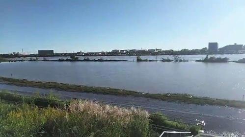 台風19号による豪雨で相模川が増水し、隣接する馬入グラウンドは冠水した(湘南ベルマーレ公式ツイッターより)