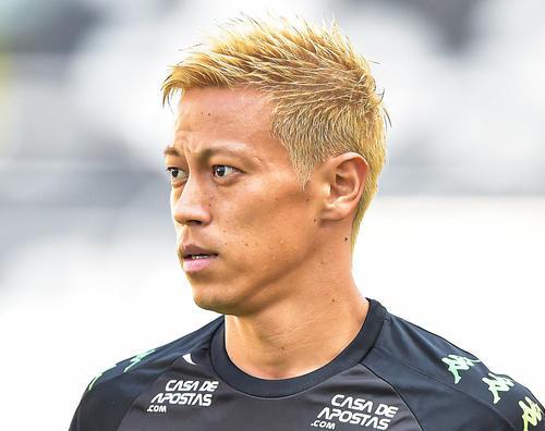 本田立ち上げたチーム胸に「au」4部に異例後援か - サッカー : 日刊スポーツ