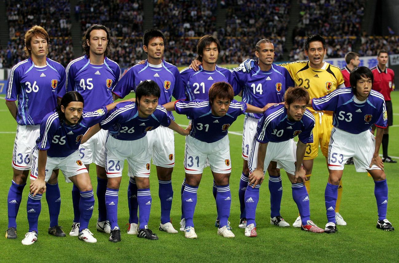 アジア杯予選A組 日本対サウジアラビア 集合写真 中村憲剛ら
