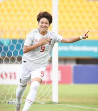 浦和・菅沢優衣香が初のMVP/なでしこL受賞一覧 - サッカー : 日刊スポーツ