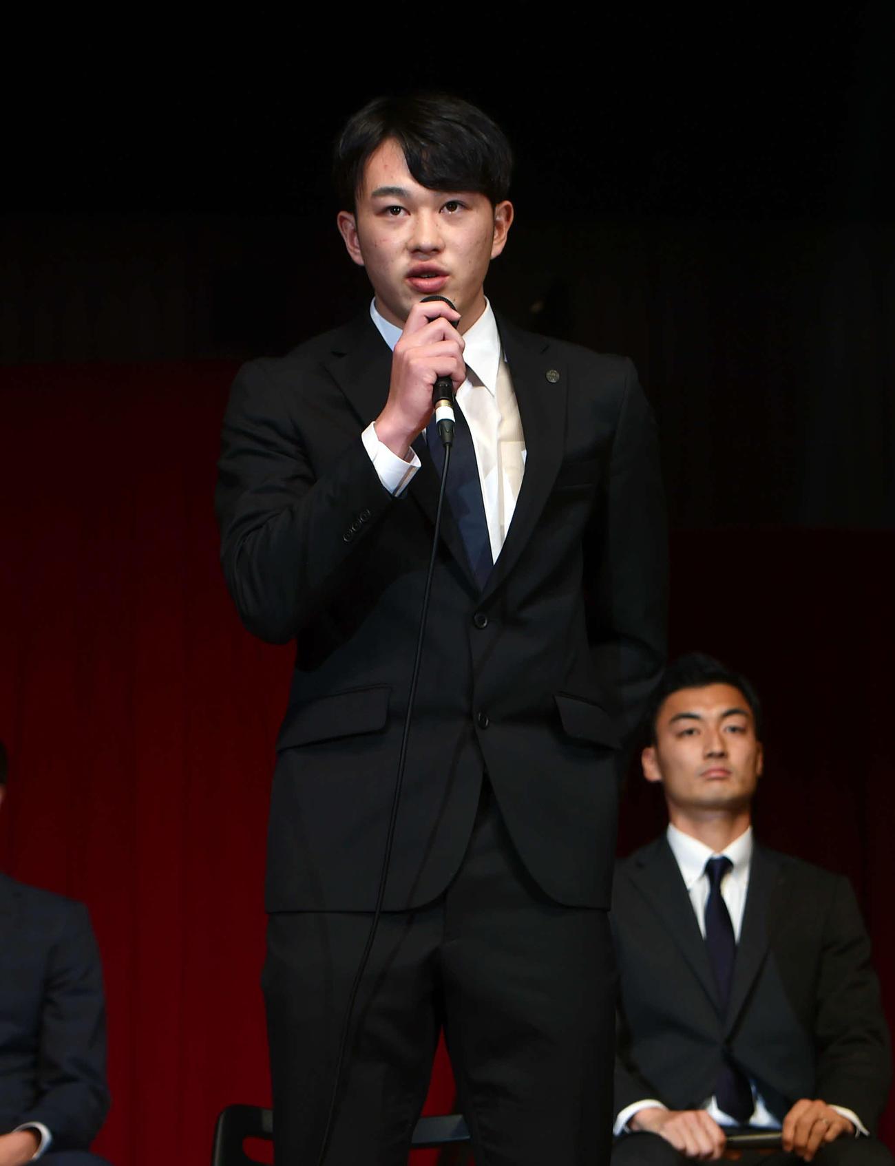 1年目からの活躍を誓ったJ2山形FW阿部(撮影・相沢孔志)