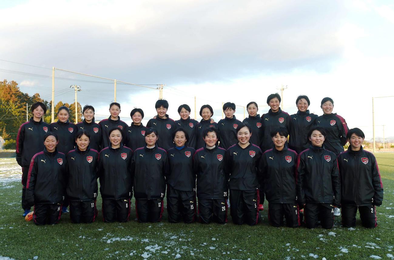 尚志女子サッカー部の選手たち(撮影・相沢孔志)
