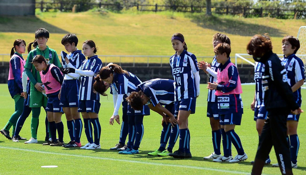 ホーム開幕戦を飾れなかった静岡SSUアスレジーナの選手たち