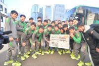 青森山田が初V一夜明けTV出演「カミカミでした」 - サッカー : 日刊スポーツ