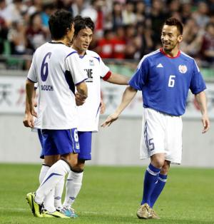 ヒデ、ツネ様に「下の世代の指針に」 - サッカーニュース : nikkansports.com
