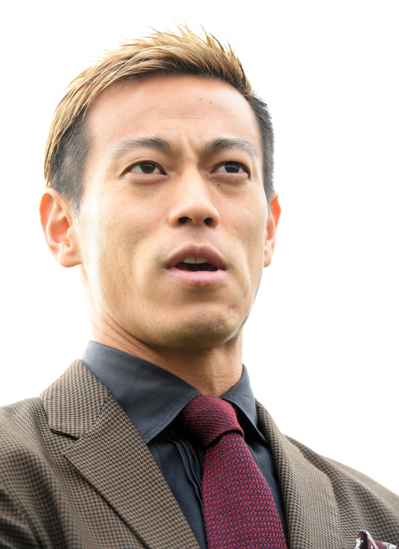 「One Tokyo」設立について語る発起人の本田圭佑(撮影・たえ見朱実)