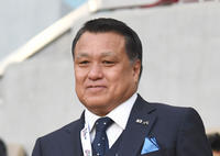 田嶋会長「来年日本で会えると」マラドーナ氏しのぶ - 海外サッカー : 日刊スポーツ