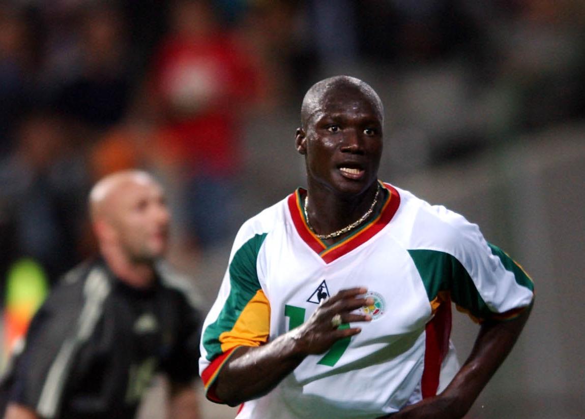 W杯日韓大会 フランス戦で先制ゴールを挙げたパパ・ブバ・ディオプ氏(2002年5月31日)