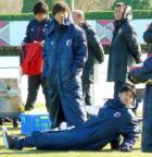 内田、負傷の右太もも手術は回避 - ブンデスニュース : nikkansports.com