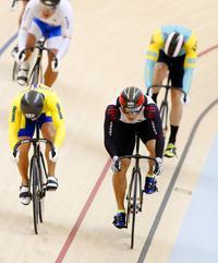 新田祐大が1000分の3秒差で痛恨の銀メダル - アジア大会 - 自転車 : 日刊スポーツ