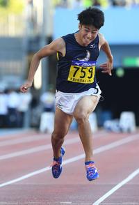 男子100メートル決勝で3位に終わった関学大・多田(撮影・山崎安昭)