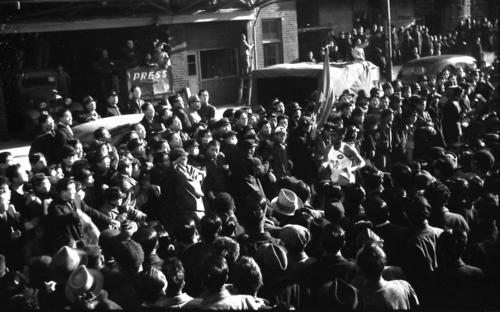 第24回大会 復路10区 1区からトップを譲らず史上2度目の完全優勝のゴールに向かう中大のアンカー平井文夫(1948年1月7日)