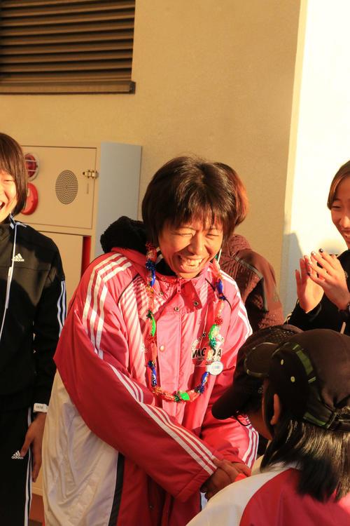 レース後に笑顔を見せる福士(撮影・上田悠太)
