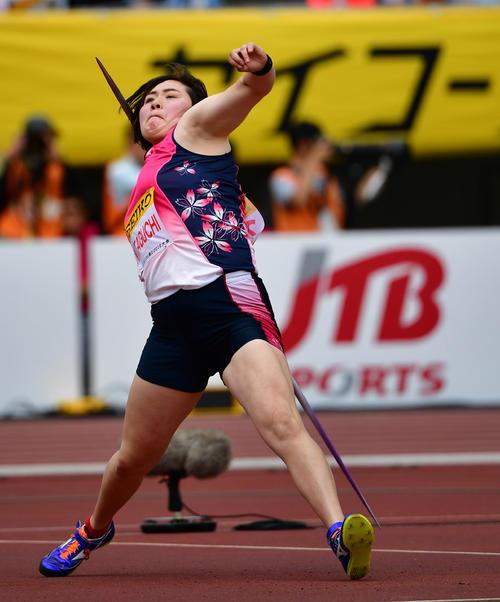 女子やり投げ 60メートル00の記録で2位となる北口榛花(撮影・清水貴仁)