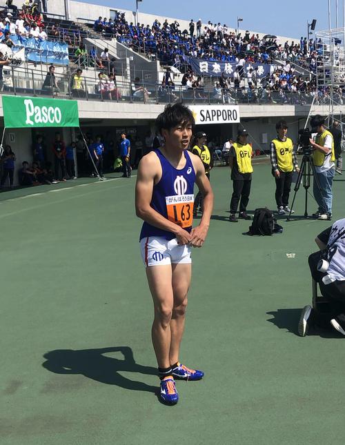 男子110メートル障害予選1組を1着で通過した泉谷(撮影・上田悠太)