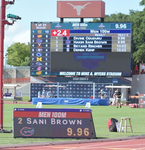 全米大学陸上選手権男子100メートル準決勝で追い風参考記録ながらもサニブラウンがマークした9秒96を表示する電光掲示番(撮影・菅敏)