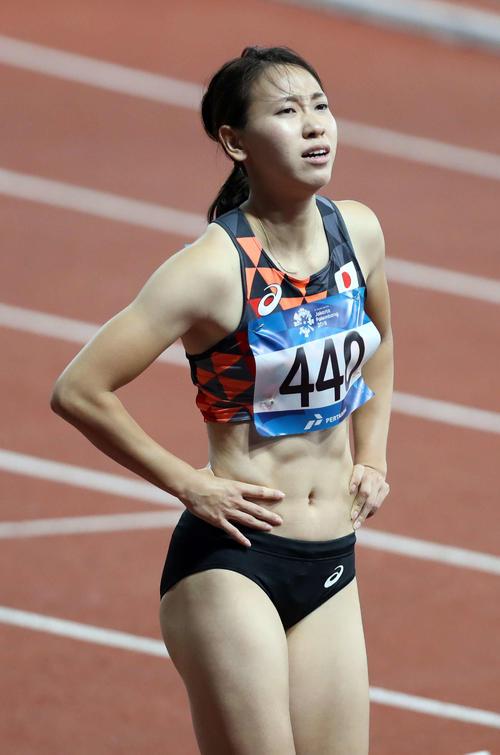 女子100メートル予選1組、11秒99の4着で敗退した福島千里は悲しそうな表情を見せる(2018年8月25日撮影)