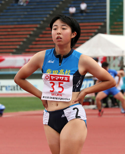 女子100m予選 1着で予選を通過した三浦由奈(撮影・栗木一考)