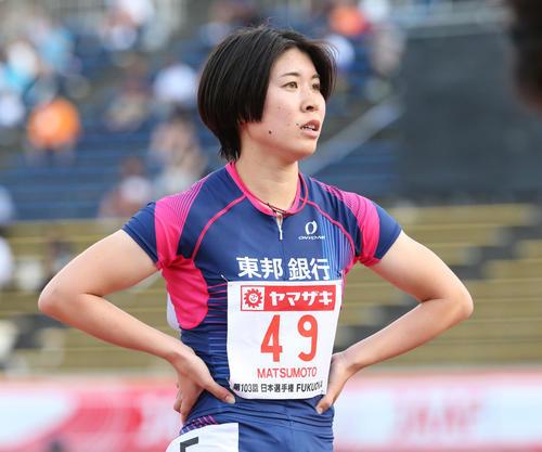 女子400メートル予選 1組 1着となった松本奈菜子(撮影・梅根麻紀)