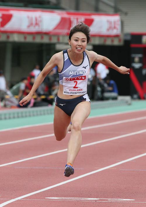 女子100m予選 予選3着の市川華菜(撮影・栗木一考)