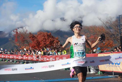 初優勝を飾った山田祐生