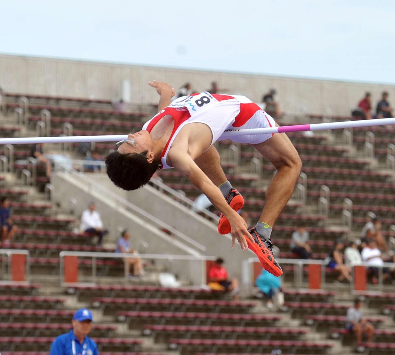 昨年8月、全国高校総体陸上男子走り高跳び決勝で2メートル08を記録し、銀メダルに輝いた太田
