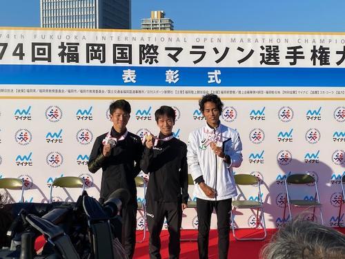 左から2位大塚祥平、1位吉田祐也、3位寺田夏生