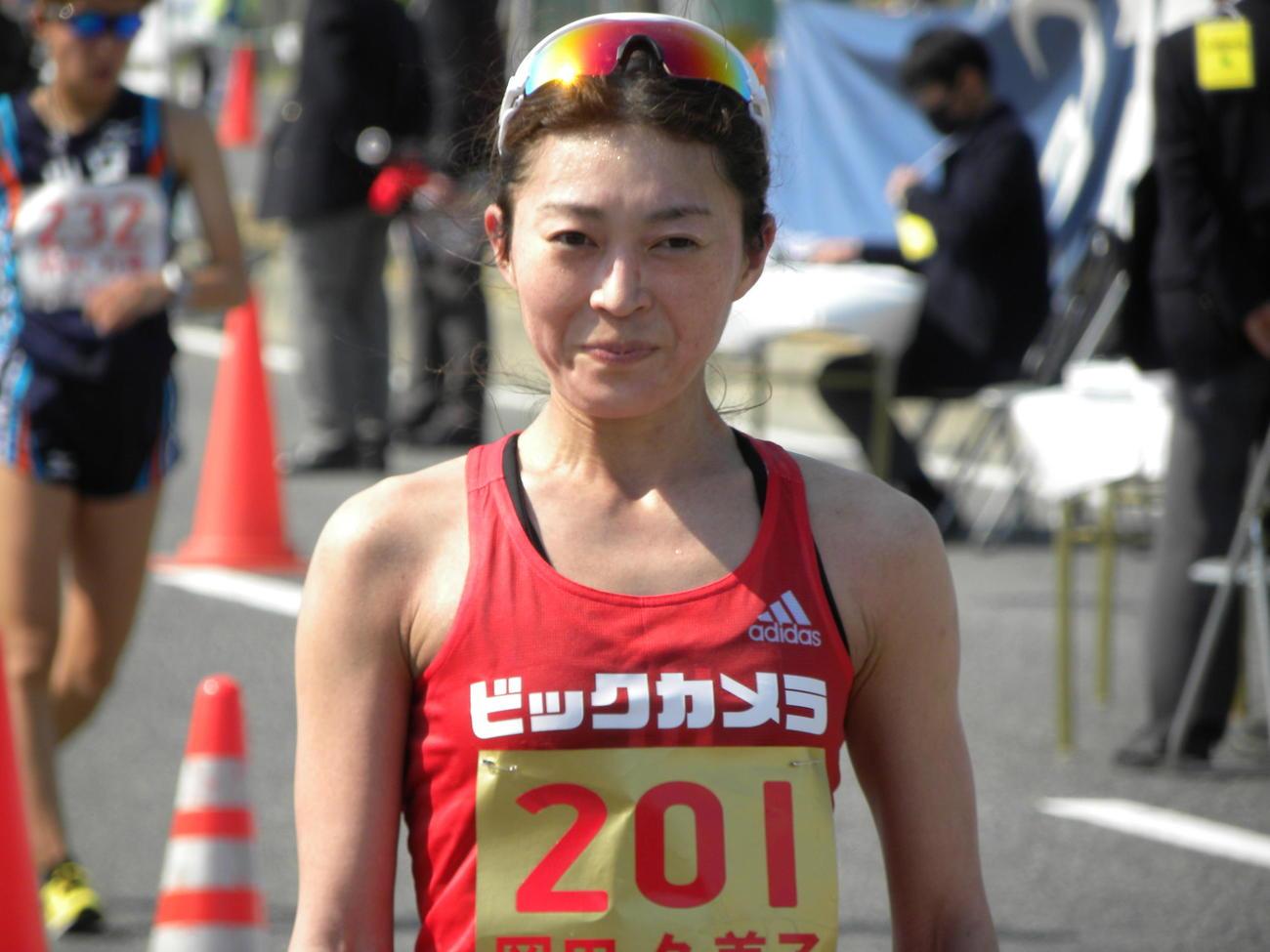 陸上の日本選手権女子20キロ競歩で2位となった岡田久美子(撮影・松本航)