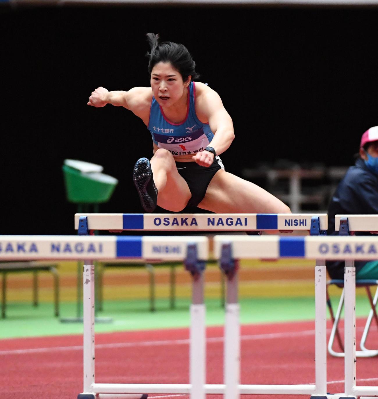女子60メートルハードル予選で室内日本新記録をマークした青木益未(撮影・前岡正明)