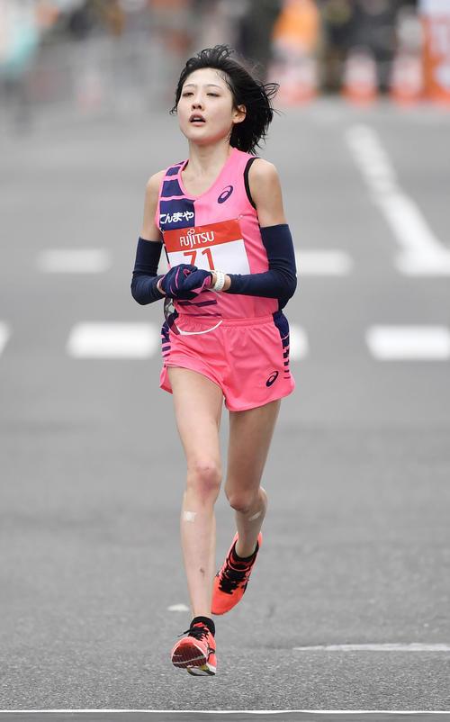 東京五輪のテスト大会となる「札幌チャレンジハーフマラソン」の女子で5位の前田(代表撮影)