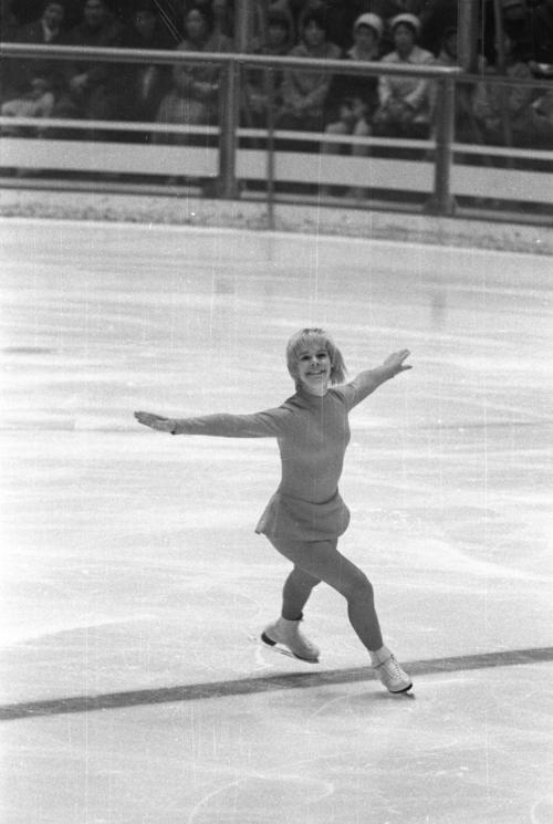 72年2月、札幌五輪フィギュアスケート女子で銅メダルのジャネット・リン