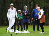 香妻琴乃「気持ちで頑張る」最終戦で1カ月ぶり復帰 - ゴルフ : 日刊スポーツ