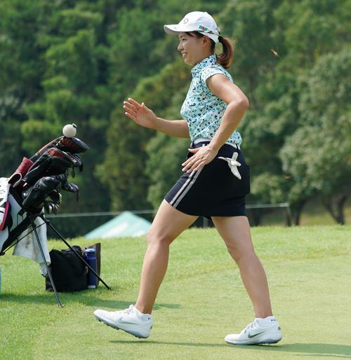 日本 女子 ゴルフ 速報