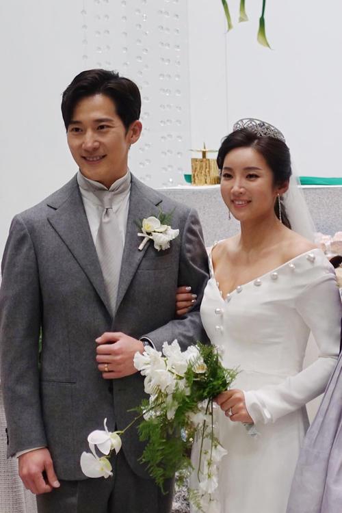 ソウル市内で挙式したイ・ボミとイワン(提供写真)