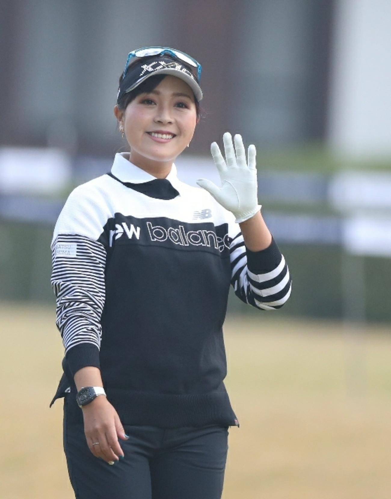https://www.nikkansports.com/sports/golf/news/img/202011080000118-w1300_0.jpg