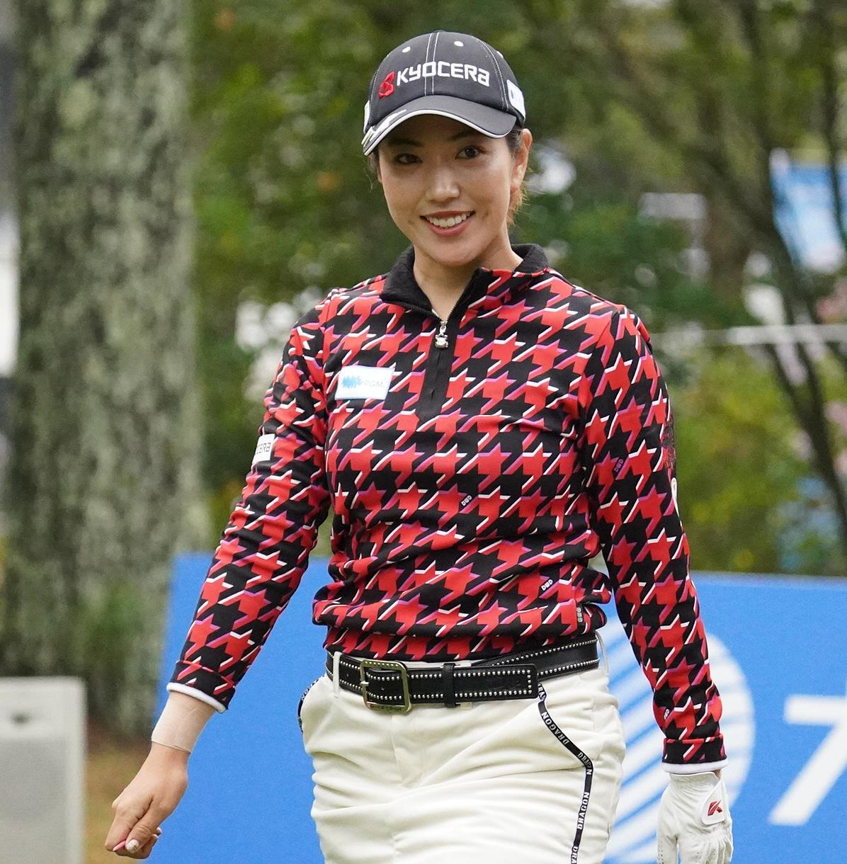 https://www.nikkansports.com/sports/golf/news/img/202011200000061-w1300_6.jpg