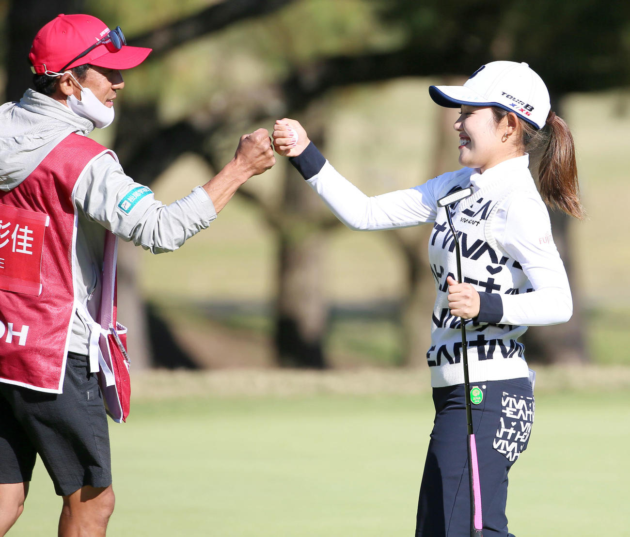 https://www.nikkansports.com/sports/golf/news/img/202011290000432-w1300_1.jpg