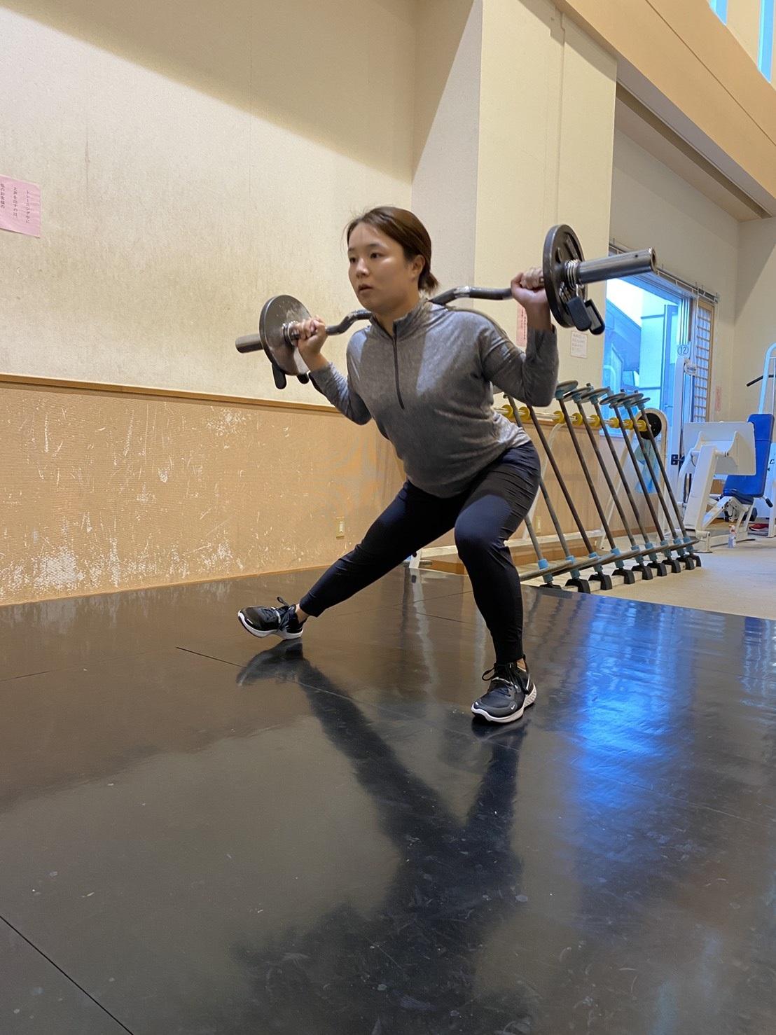 年下に負けない体力を目指し、トレーニングを行う25歳、永峰咲希(本人提供)