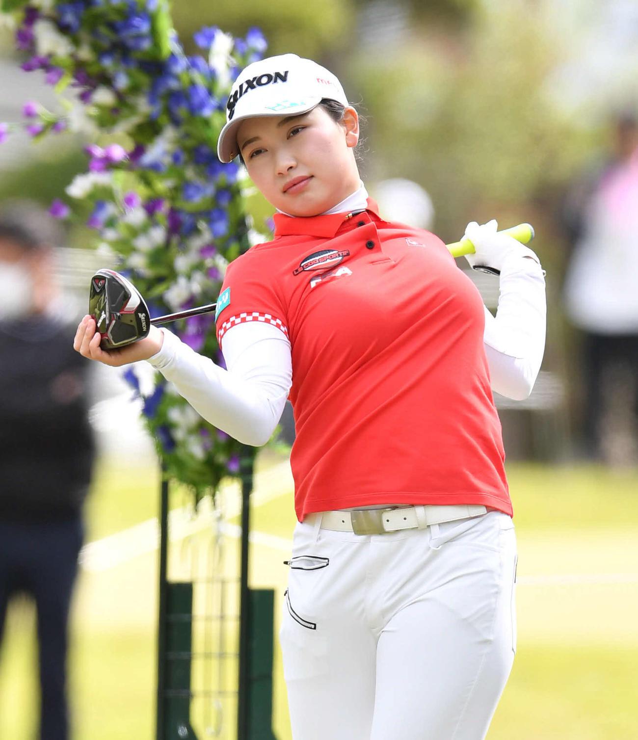 https://www.nikkansports.com/sports/golf/news/img/202104180000122-w1300_12.jpg