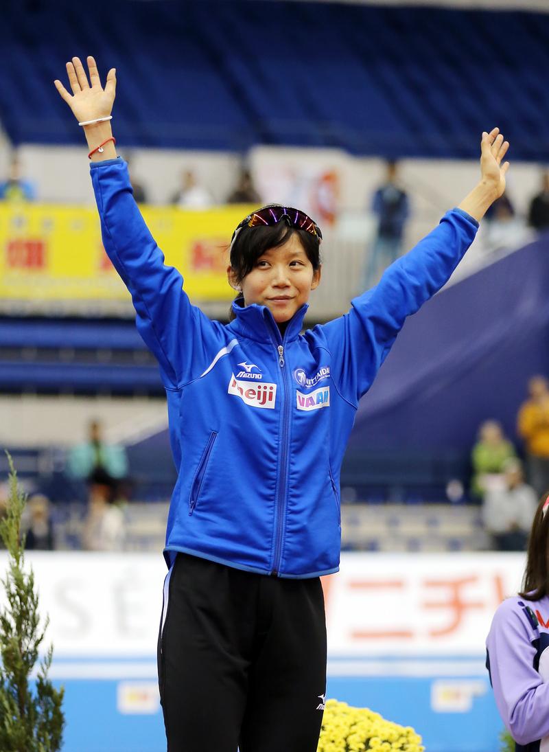 nikkansport.com @ mobile高木美帆、国内最高で連覇 山中大地が初優勝