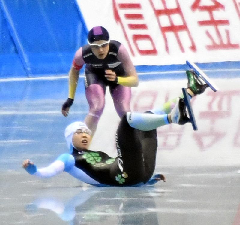 小平奈緒、高木美帆の記録に「私も」が裏目に転倒